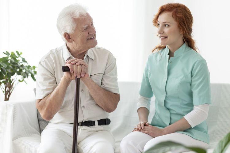 Was kostet eine 24-Stunden-Pflege?