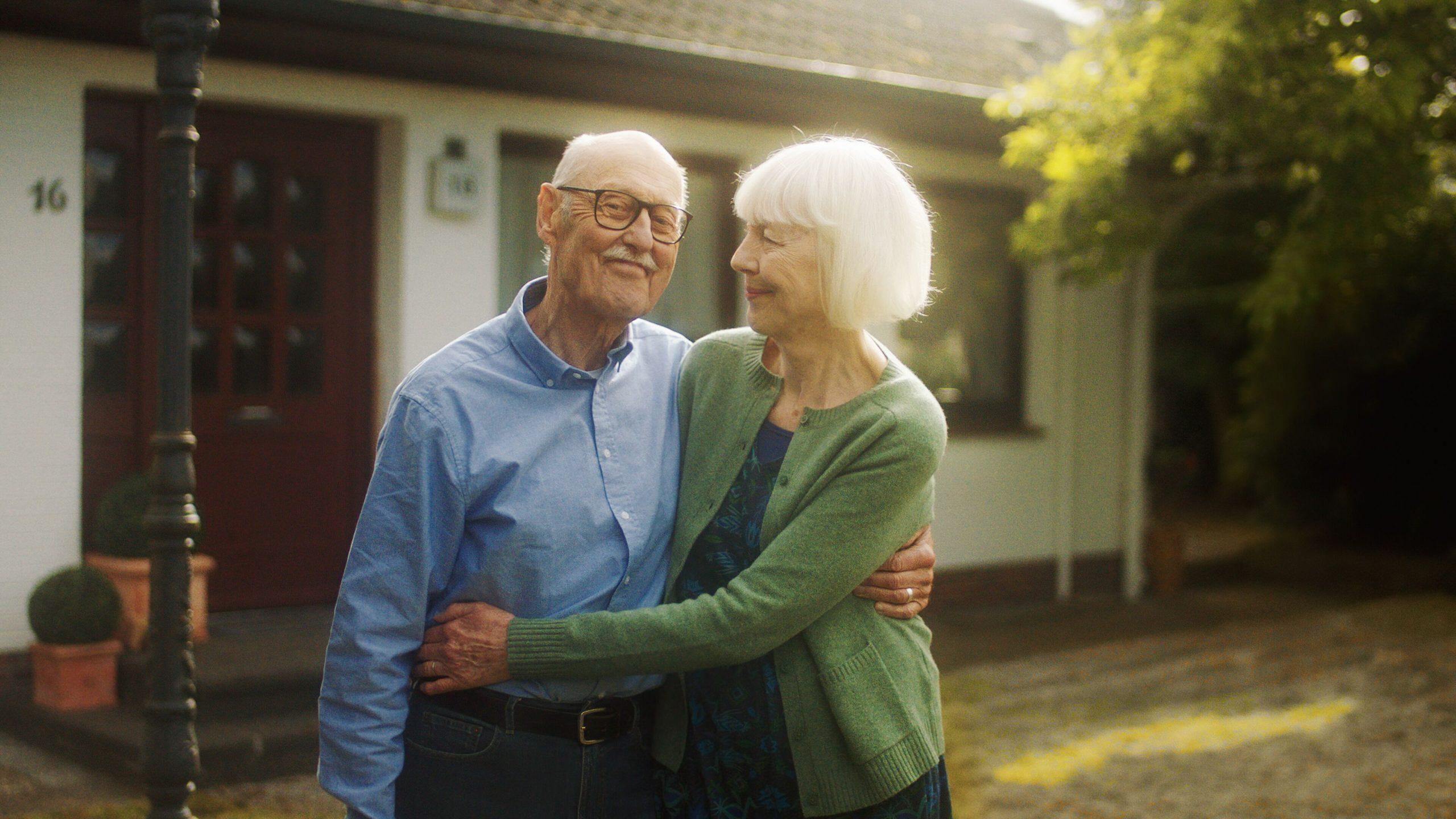 5 Tipps für Senioren, die in ihrer eigenen Immobilie bleiben möchten